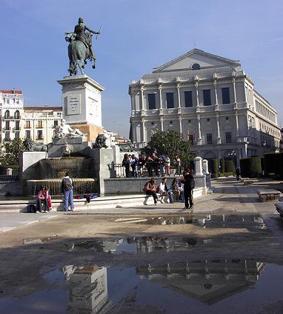 viajes a madrid - teatro real desde plaza de oriente